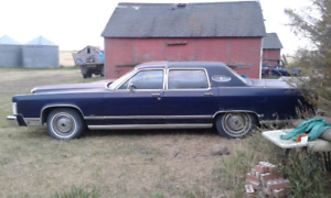 FOR SALE 1976  LINCOLN