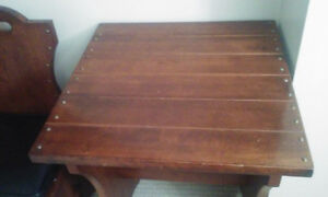 BELLE TABLE 2 PLACES ANTIQUE MODERNE