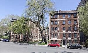 1 1/2 for rent at 3481 atwater, Montreal