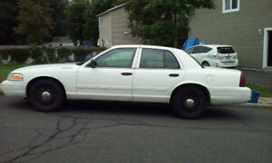 2010 Ford Crown Victoria Berline