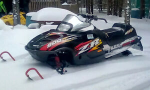 2003 Arctic cat ZR 900 with Reverse
