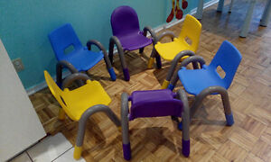 6 brand new chairs for children/ chaises neufs pour enfants