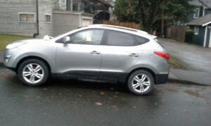 2012 Hyundai Tucson GLS SUV, Crossover at $13,980