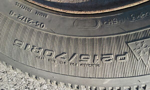 GOODYEAR NORDIC SNOW TIRES & RIMS... 215 70 R15 ... West Island Greater Montréal image 2