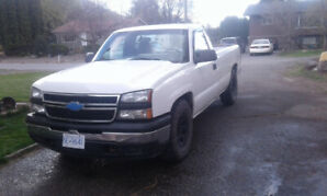 2006 Chevy Silverado 1500 RWD (low KM)
