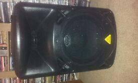 behringer b615d pair of speakers