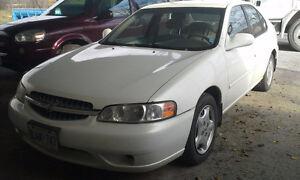 2001 Nissan Altima Sedan