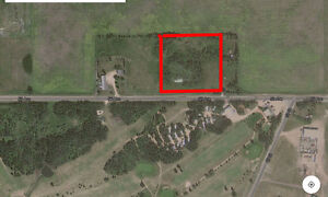 4 acres of bare land in Daysland Alberta