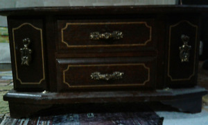 GREAT PRICE!! Jewelry box, CLEAN&Great Condition