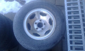 4 Gmc/chevy truck rims n tires