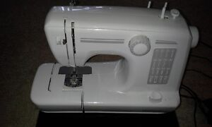 Homestyles Sewing Machine