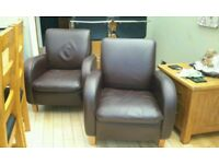 2 Leather tub chairs