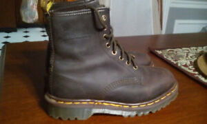 DR MARTENS DOC AIR WAIR MADE IN ENGLAND 1460 BROWN BARK GRIZZLY