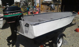 14 ft fiberglass boat for sale.