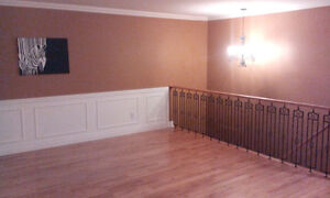 Large Beautieful 3bdrm+ House for Rent - Holyrood