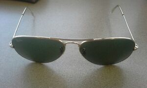 Vintage Ray Ban Aviator Sunglasses and Case