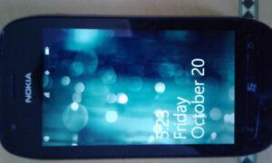 Nokia Lumia 710 for SALE