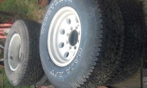 8 Stud GM/Chevy 4x4 Tires and Aluminum Rims