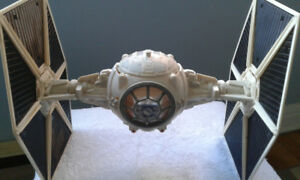 STAR WARS ( TIE FIGHTER )  in like  new condition  ( Pilot )