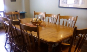 Dining table with 8 chairs $400