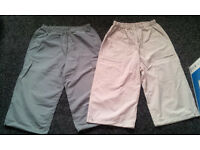 2 MEN SHORTS - 3/4 LENGTH - GOOD FOR SUMMER - SIZE M