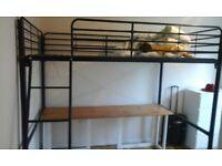 Double bed (mezzanine).