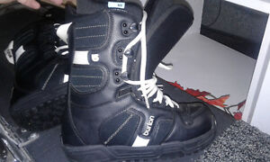 Burton Snowboard Boots women size 7