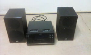 JVC MICRO STEREO SYSTEM WITH DUAL iPOD DOCKS. WORKS PERFECTLY
