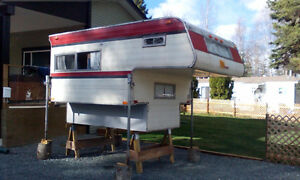 "8 FT OKANAGAN ""LIGHT FULL SIZE CAMPER"""