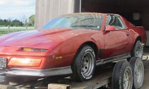 2 - 1984 Pontiac Trans Am Complete cars