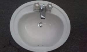 White Washroom Sink and faucet