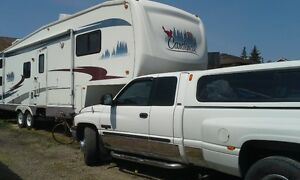 2001 Dodge Power Ram 3500 Pickup Truck AND CARDINAL 5TH WHEEL