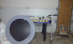 AIR HOCKEY/SCOOTER/TRAMPOLINE