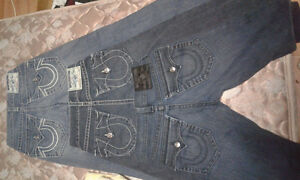 Like new true religion jeans for woman