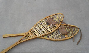 2 Pairs of snowshoes