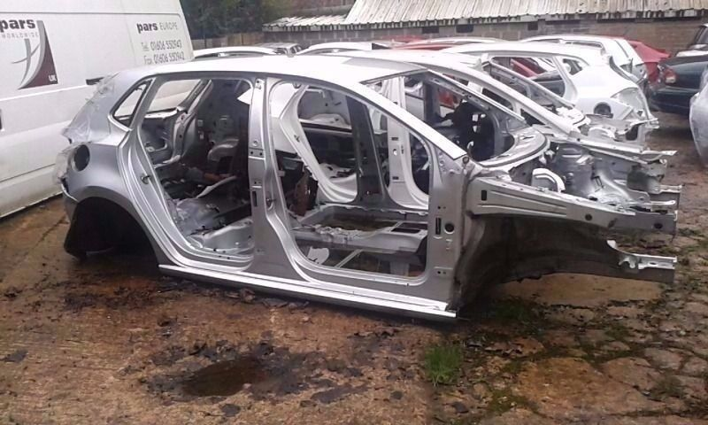 mk5 vw polo 6r bare shell in silver spares or repair in. Black Bedroom Furniture Sets. Home Design Ideas