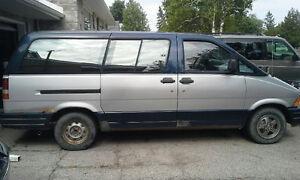 1991 Ford Aerostar Minivan, Van