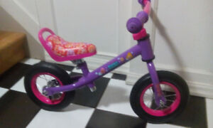 STRIDER BALANCE BIKE GIRLS AS NEW ***CAN DELIVER***
