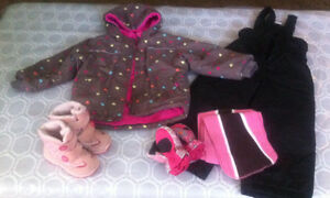 Kids snowsuit size 4T
