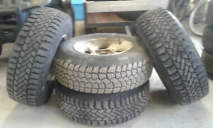 Winter Tires/ Pneus D'Hiver 225/75/15