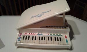Piano pour enregistrer et jouer (micro inclu)