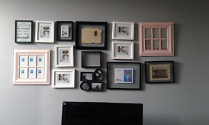 Photo wall - 14 frames included!