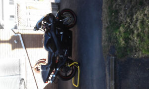 1996 Suzuki gsxr750 , must sell, will take a reasonable offer.