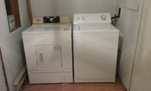 Whirlpool Washer / Lavaeuse & Kenmore Dryer Secheuse