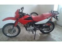 2004 Honda xr 125 10 month mot only 11000 miles and new piston and service