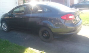 2011 Ford Fiesta Sedan $5500 Certified and E tested London Ontario image 3