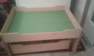 Childrens Train Table complete with over 80 tracks & 30 Trains