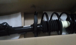 COMPLETE STRUT ASSEMBLY FOR TOYOTA CAMRY West Island Greater Montréal image 2
