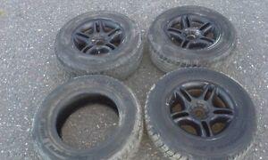 4 pneus Hankook hiver 265/65R17