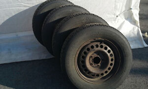 GOODYEAR NORDIC SNOW TIRES & RIMS... 215 70 R15 ... West Island Greater Montréal image 3